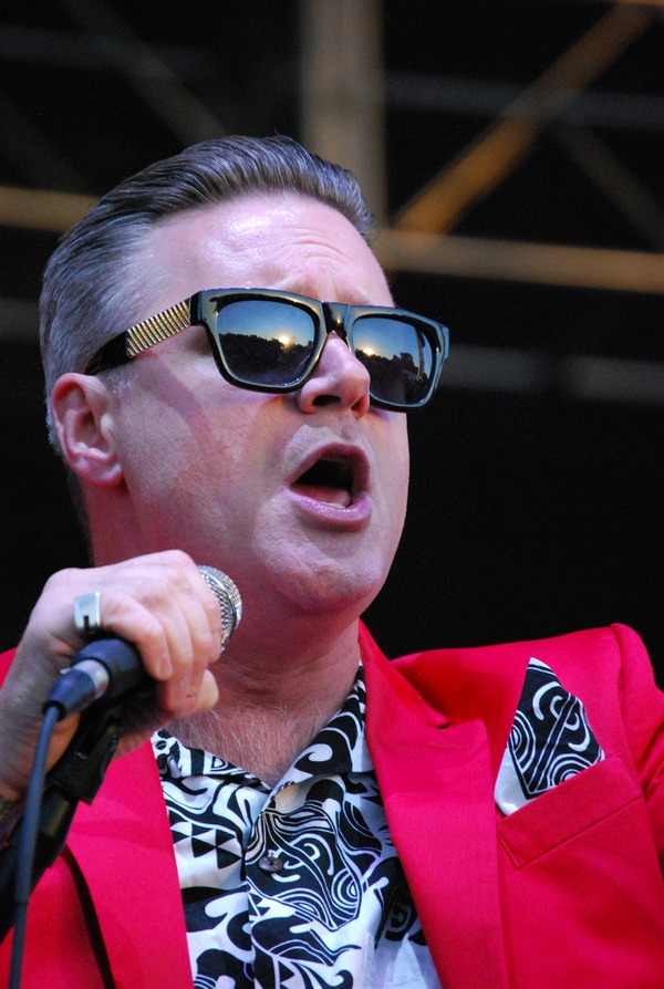 Me First and the Gimme Gimmes at the Rise stage on Sunday