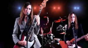 New Juliana Hatfield video: Can't Stand Losing You